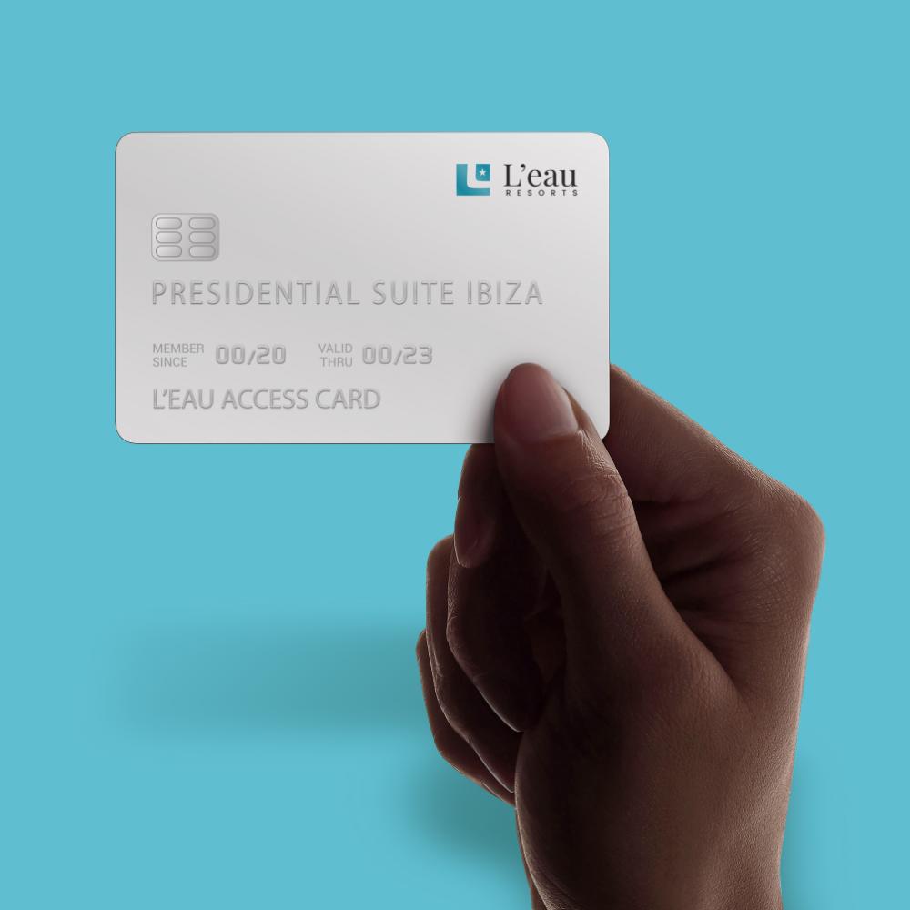 Leau Resorts card